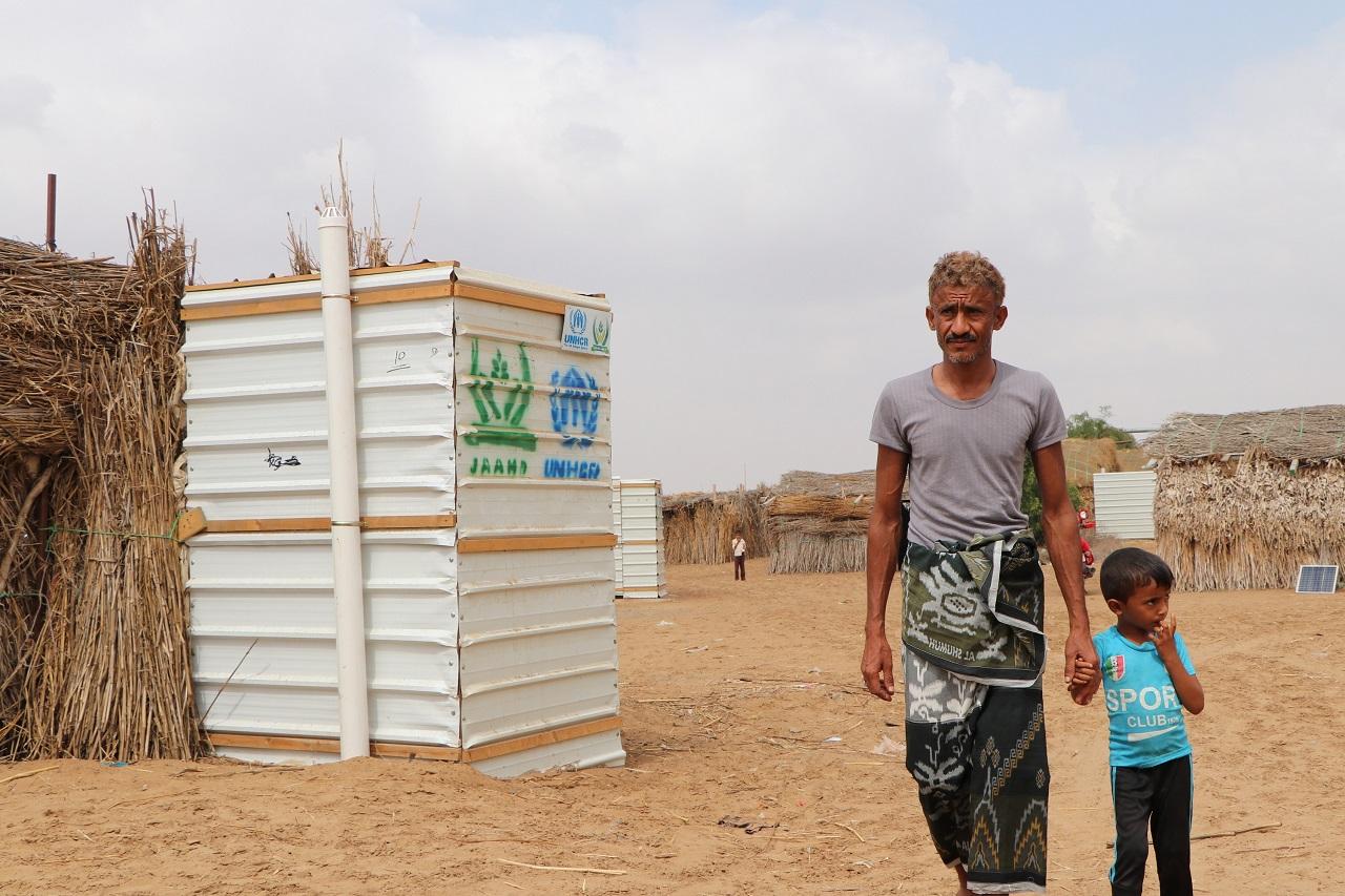 توريد وتركيب 1200 حمام في 27 موقع للنازحين في كلاً من الحديدة وحجة